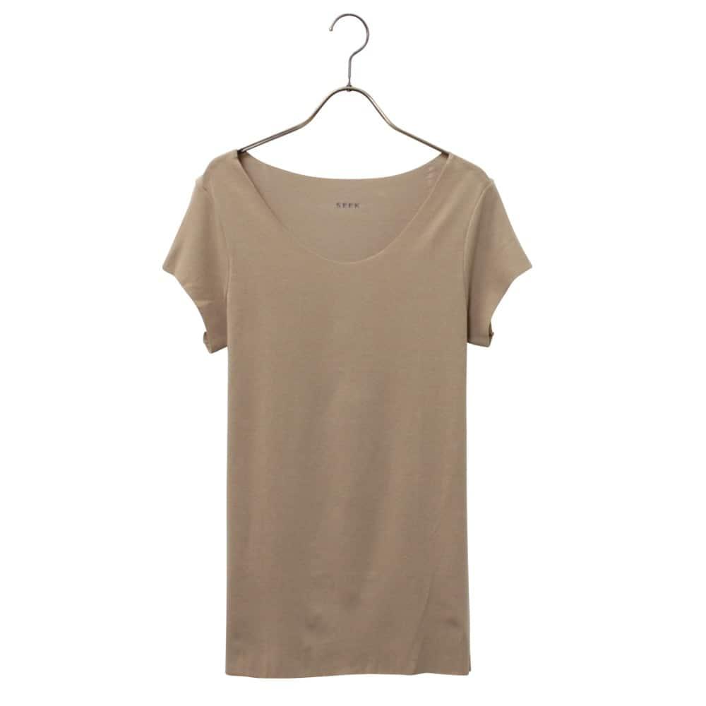 ボートネックTシャツ(袖短め)
